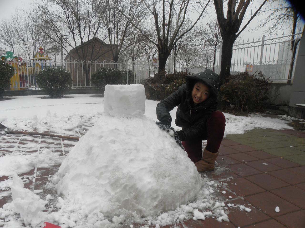 如何堆雪人【堆雪人——沾化第二试验小学彤】